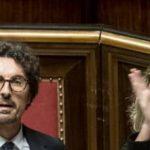 Toninelli pugno al senato