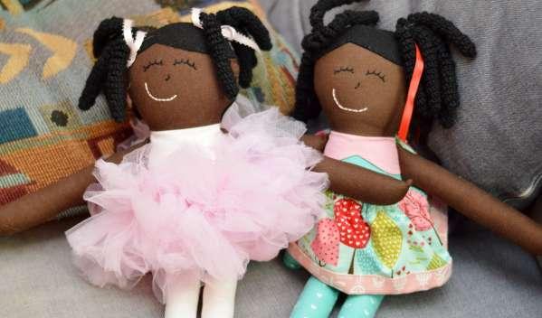 Codroipo bambole nere non ammesse all'asilo