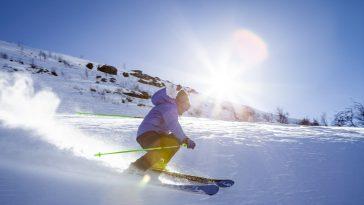 Abbigliamento e tute da sci  come scegliere le migliori 65bd1b02ca0c