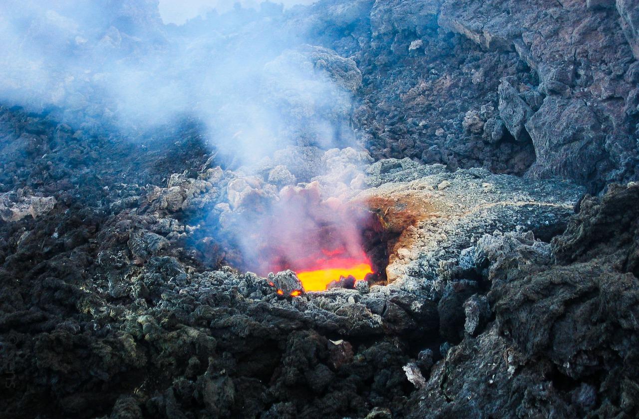 etna terremoto eruzione oggi