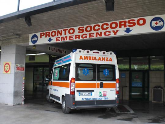 Firenze: gruppo di ragazzi in ospedale per un virus