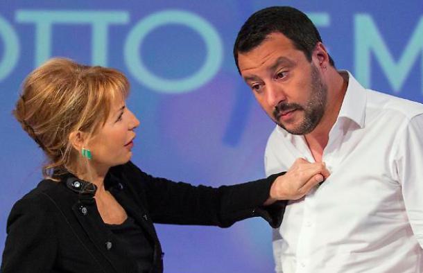 Rita Dalla Chiesa critica Lilli Gruber mentre intervista Matteo Salvini