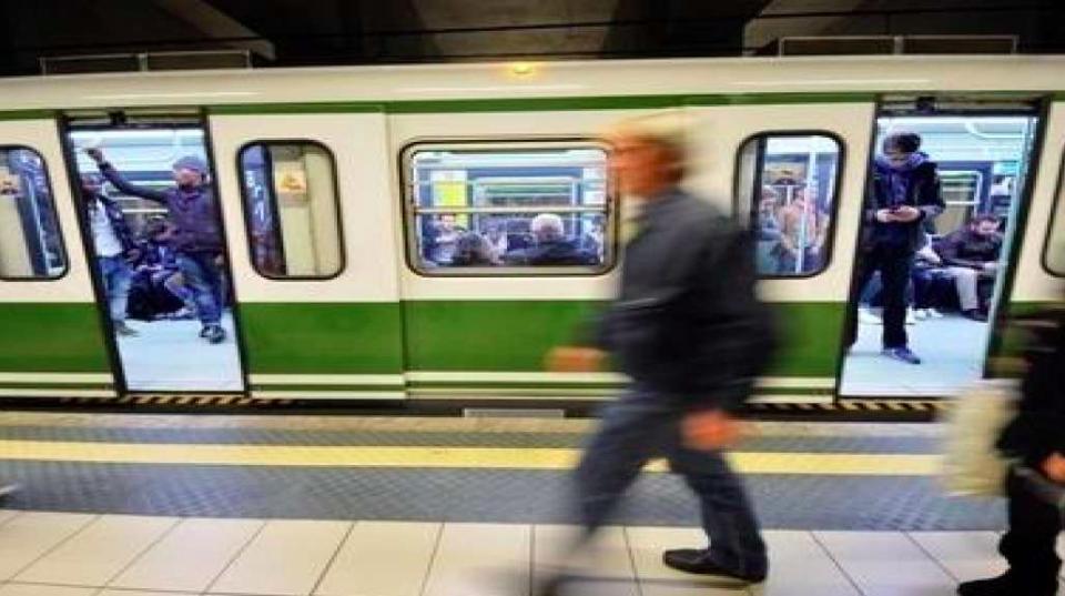Metro Milano linea 2 bloccata oggi