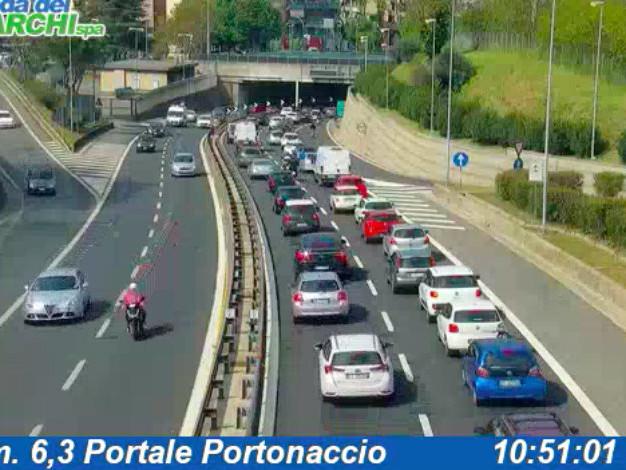 Autostrade in tempo reale oggi: traffico, incidenti, cantieri martedì 14 maggio 2019