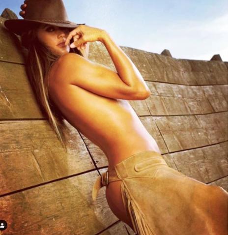 De Grenet Calendario.Samantha De Grenet Sfoglia L Album Dei Ricordi E Spunta Una