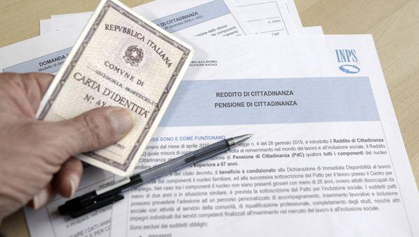 Reddito di Cittadinanza: ci sono novità per extracomunitari, arrestati, divorziati e condannati