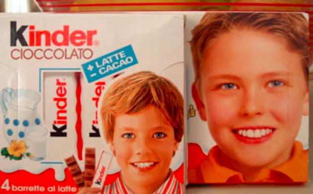 Bambino Barrette Kinder.Bimbo Kinder Cioccolato Svelato Il Mistero Era Un Italiano Ecco