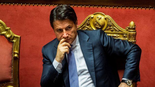 Direzione Pd, mandato a Zingaretti: 5 punti per trattare con M5S