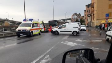genova incidente sopraelevata