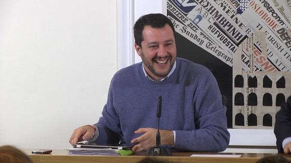 Matteo Salvini difende Checco Zalone