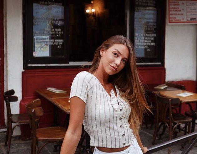 Arianna Cirrincione Instagram, solo un maglione addosso: «Qu