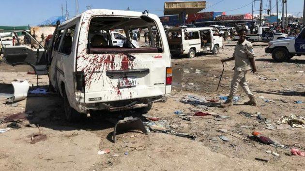 Somalia, autobomba esplode a Mogadiscio: decine di morti