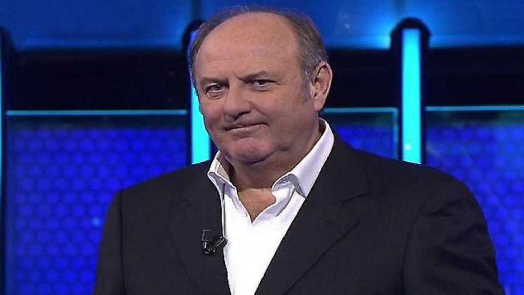 Gerry Scotti, 'sono stato licenziato senza alcuna spiegazione': duro attacco al conduttore