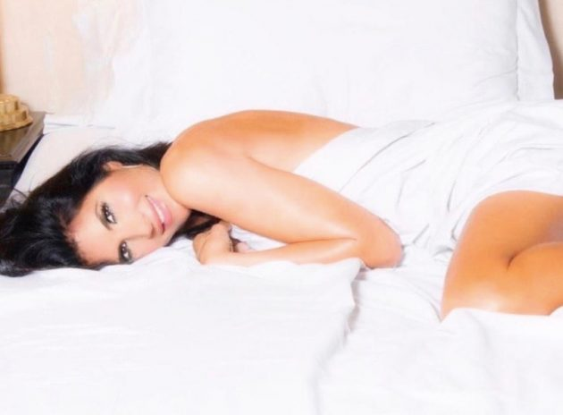 Pamela Prati Instagram, paradisiaca distesa sul letto: 'popp