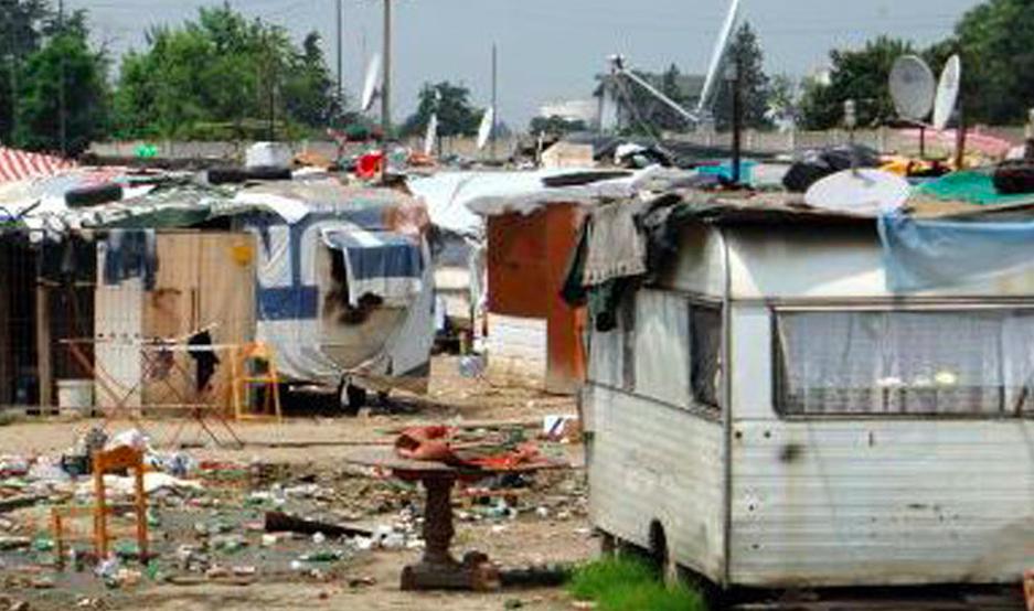 scampia campo rom
