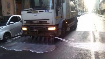 emergenza smog lavaggio strade