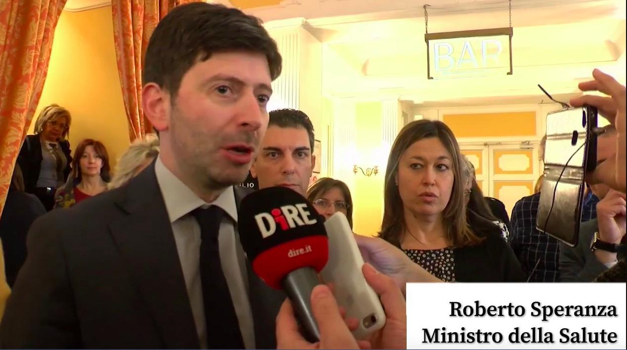 Coronavirus in Italia, il ministro della Salute: «No a scelt