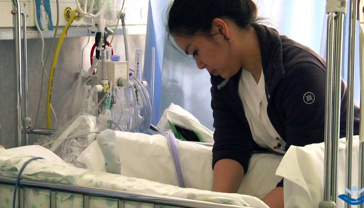 Coronavirus, infermieri lavoratori di serie B? «Costretti a