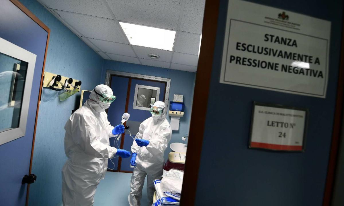 Coronavirus ultime notizie, 7 morti e 231 contagi: positiva