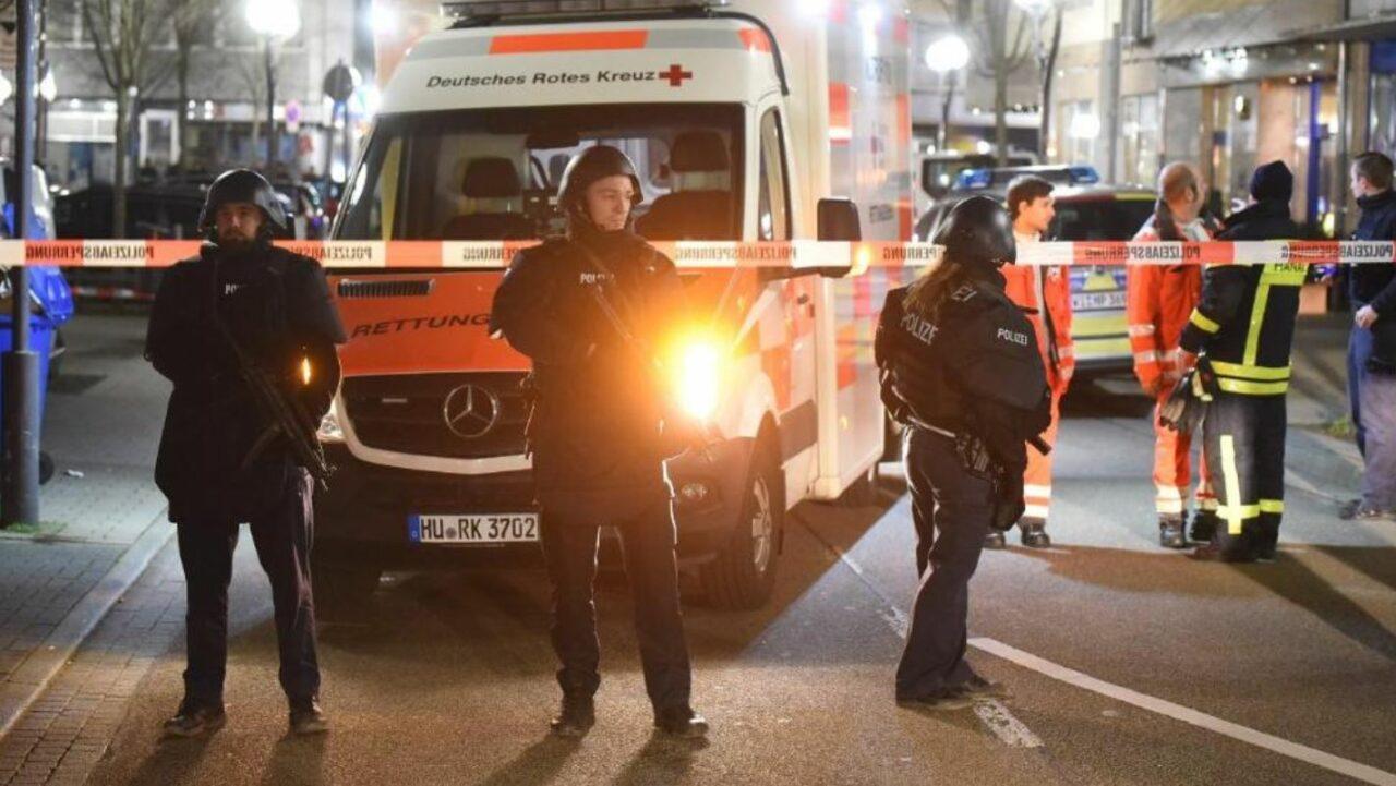 Germania, attentato ad Hanau: nove morti, presunto killer tr