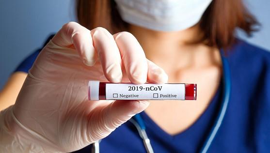 coronavirus uomini donne