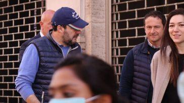 Salvini per strada a Roma