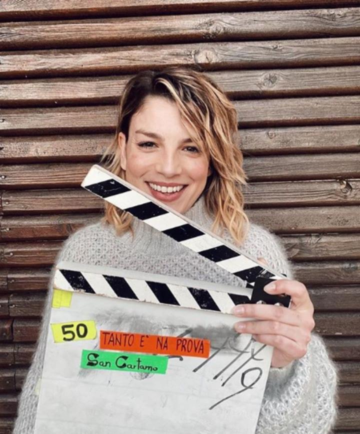 Alessandra Amoroso: incredibile gaffe durante una diretta con Emma Marrone
