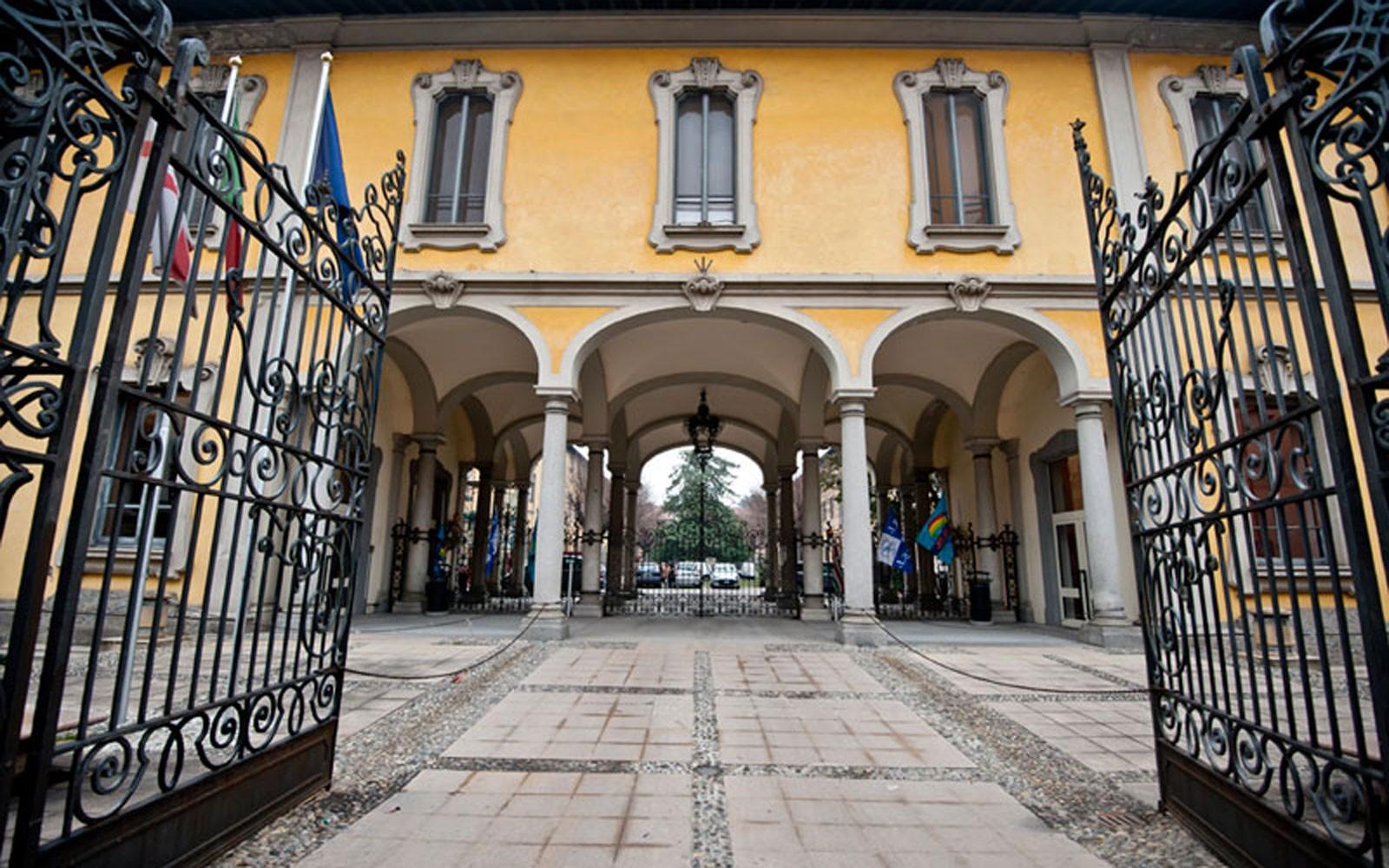 Coronavirus, Procura di Milano indaga su morti nelle case di riposo