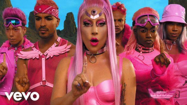Lady Gaga 'Chromatica' esce oggi: la pop star al volante di