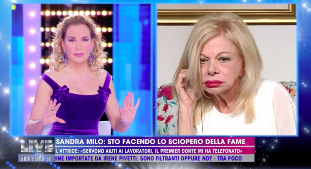 'Live – Non è la D'Urso', la mamma di Luigi Mario Favoloso d