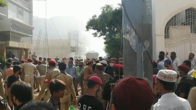 pakistan aereo caduto