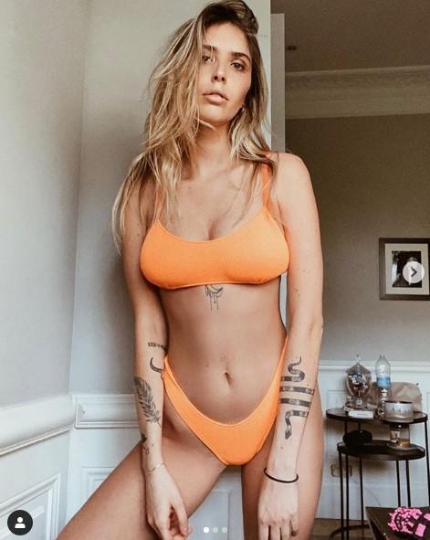 Viktorija Mihajlović instagram