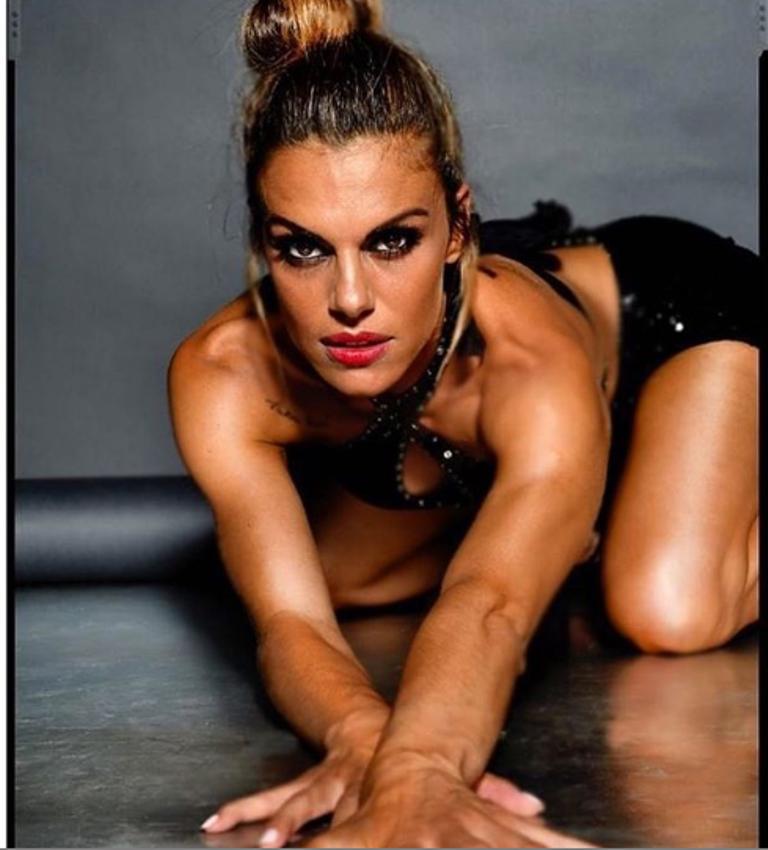Bianca Guaccero seduce con una posa hot