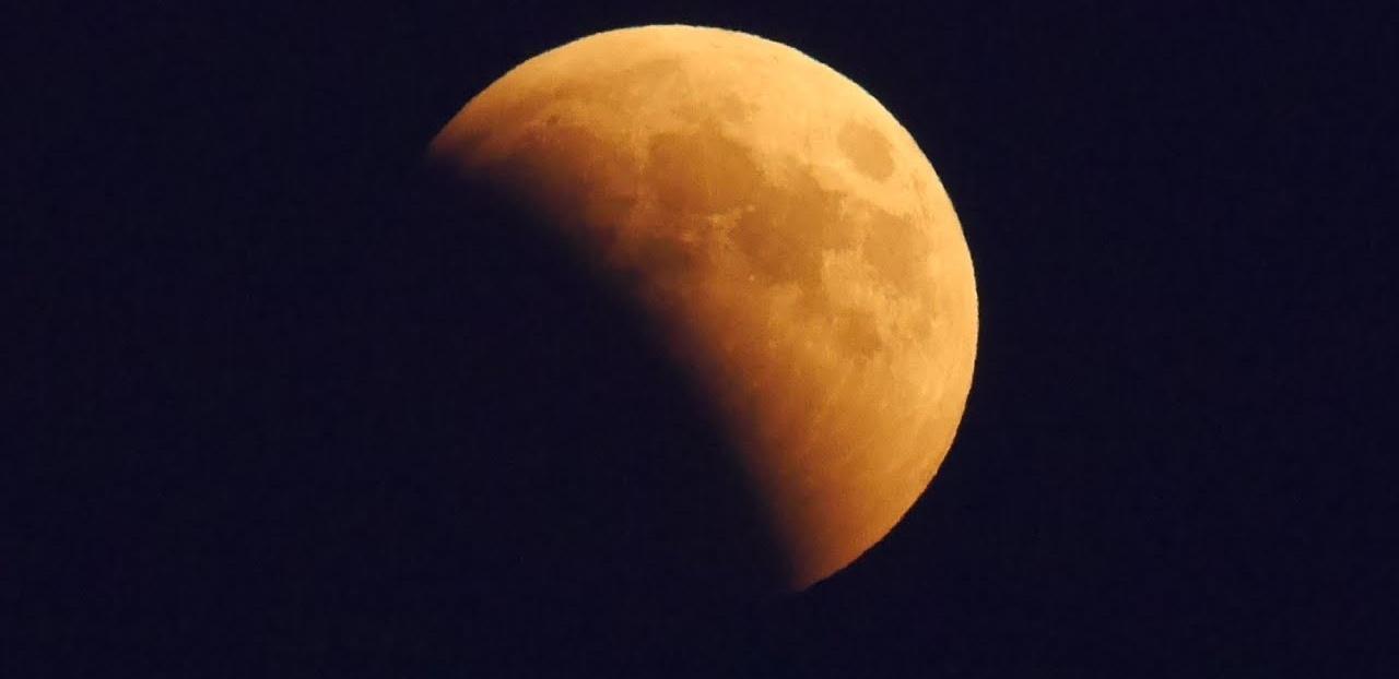 Eclissi Lunare Stasera
