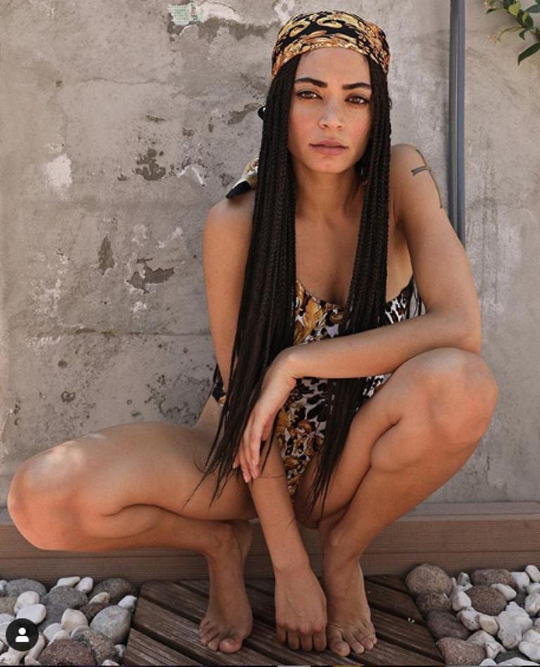 elodie-bikini-commento-fratello-diletta-leotta