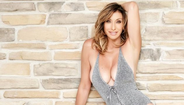 Sabrina Salerno Instagram, strepitosa in versione animalier: