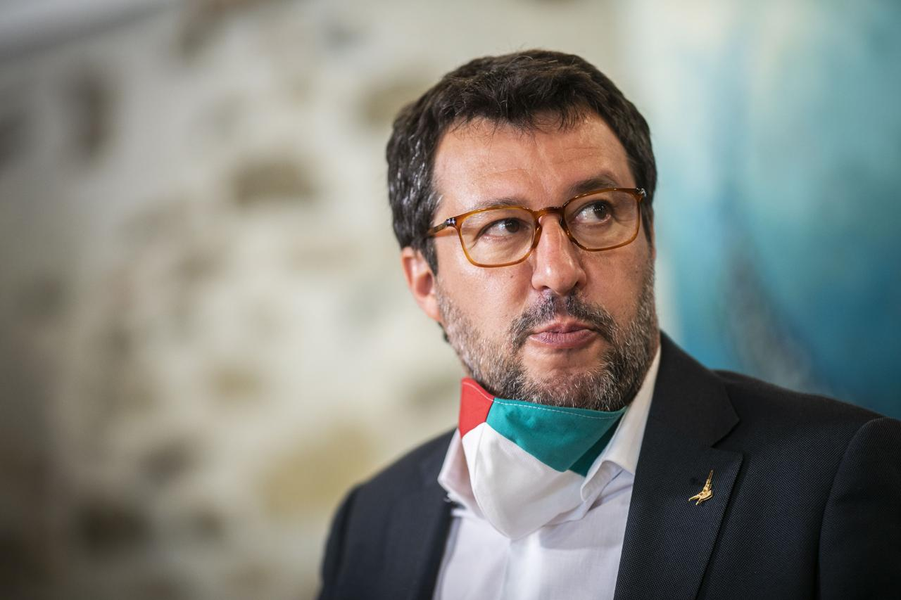 Omofobia, Matteo Salvini: «Allora facciamo anche la legge co