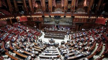 Deputati bonus 600 euro