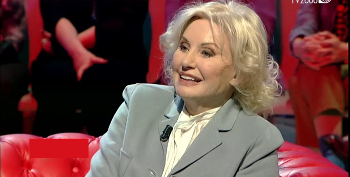 """Gabriella Farinon, la Signorina Buonasera si racconta a """"Io e Te"""": «Ecco cosa rispondo agli 'spasimanti'»"""