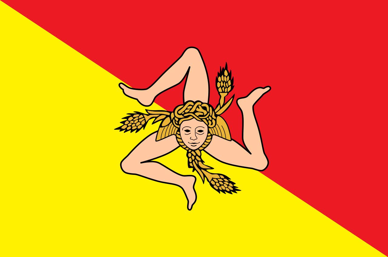 La nuova ordinanza anti Covid in Sicilia: mascherina all'aperto e divieto di assembramenti