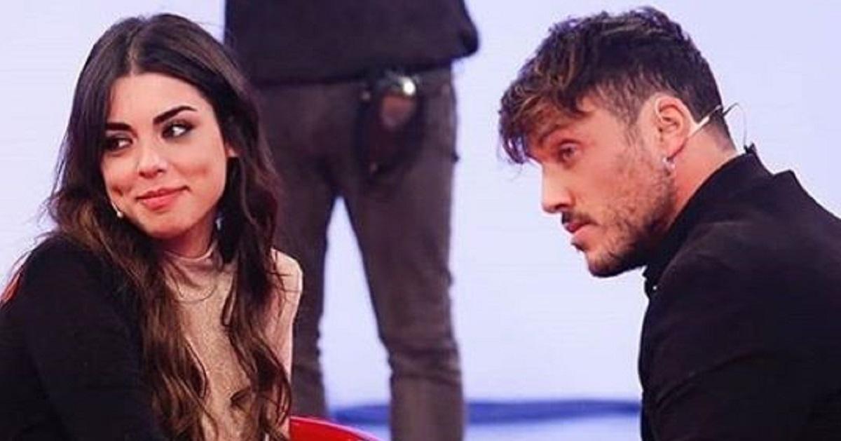 Giulia D'Urso e Giulio si sono lasciati: «Nemmeno per un secondo siamo stati finti», fan dissentono