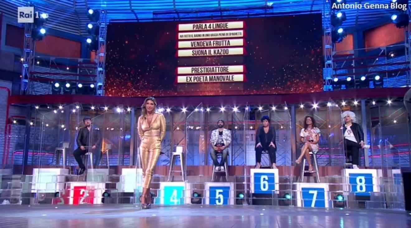 """Sabrina Salerno ai """"Soliti Ignoti"""": """"Appesa al plexiglass come una ..."""