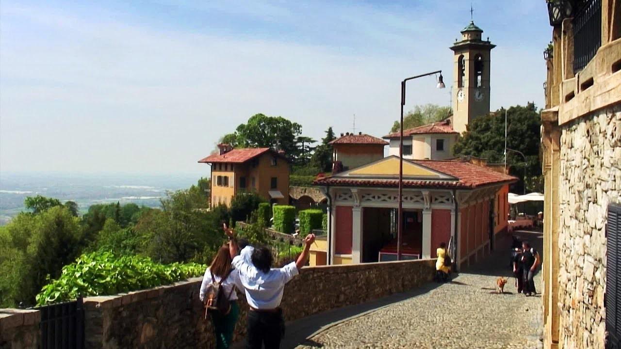 Bergamo in versione Monopoly: ecco l'ultima idea per la rinascita della città