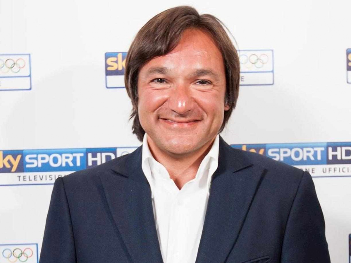 Chi è Fabio Caressa, il giornalista sportivo più famoso d'Italia