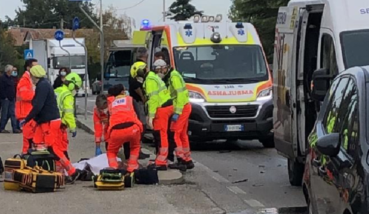 Rimini incidente stradale oggi