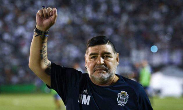 Diego armando Maradona operato