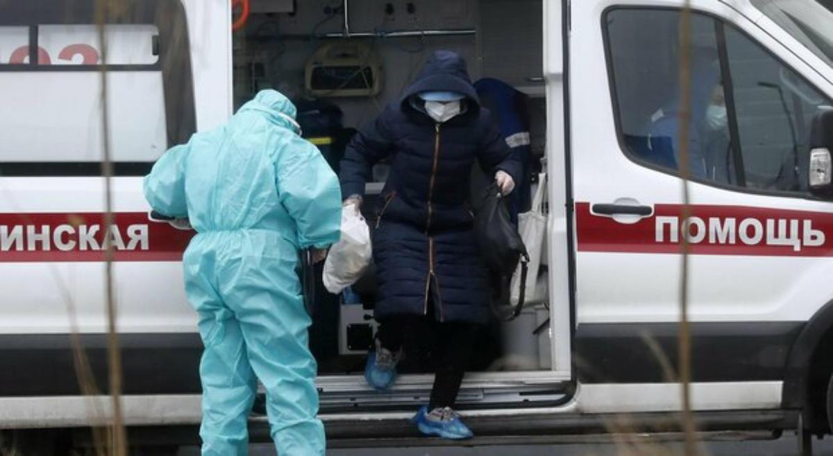 Tragedia a una festa, finisce l'alcol e bevono gel disinfettante: 7 morti, 2 persone in coma