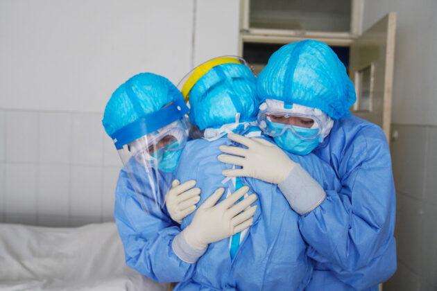 Napoli infermiere covid