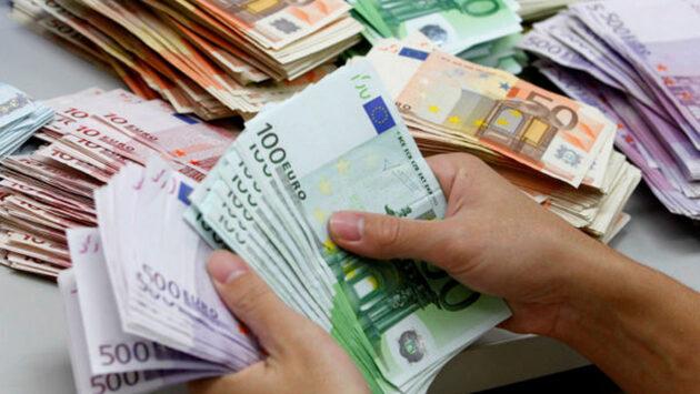 piano sui contanti