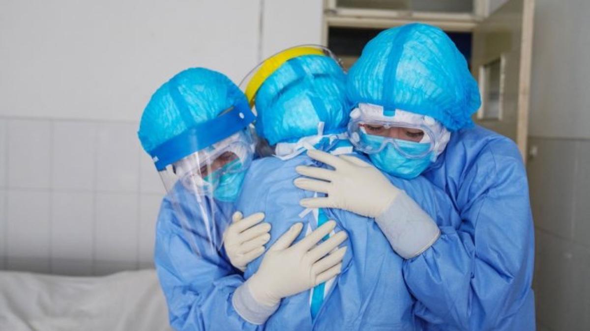 Coronavirus, il bollettino del 26 dicembre: 10.407 nuovi casi e 261 morti